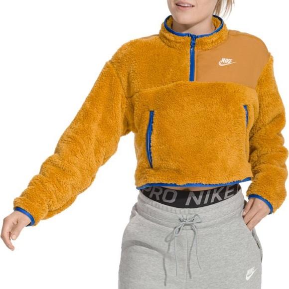 Nike Sportswear Women's 14 Zip Sherpa Fleece Crop Top